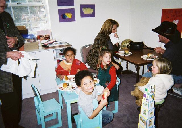 ChristmasParty2006/FL000003.jpg