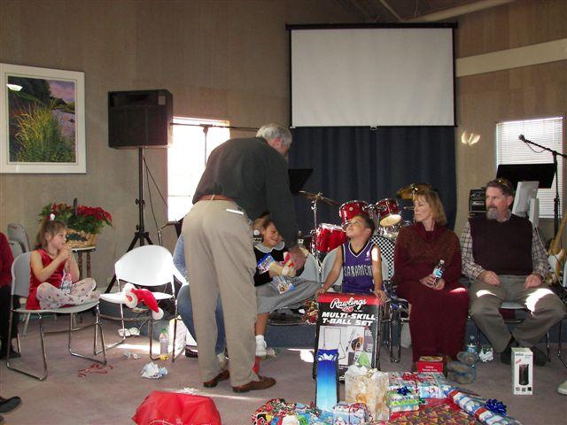 ChristmasParty2008/100_5024.jpg